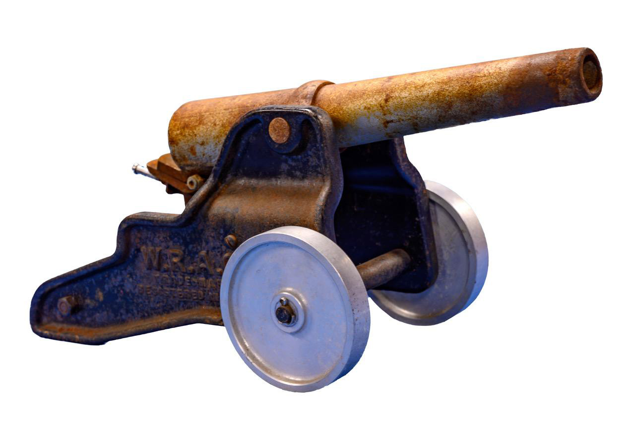 old 10 gauge small cannon white2